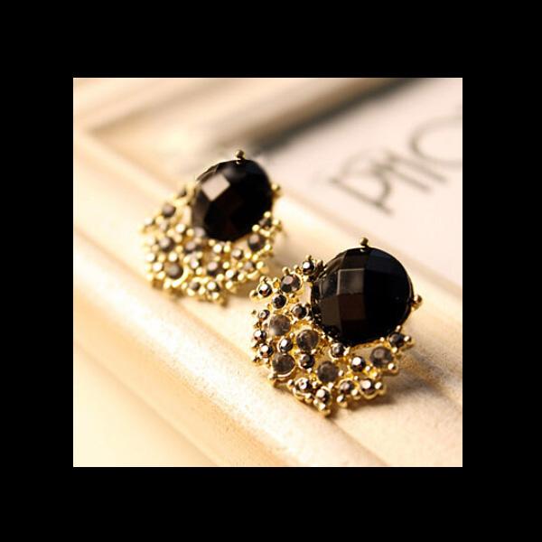 175fc5f7f36a6 Fashion Vintage Black Stone Gem Crystal Stud Earring