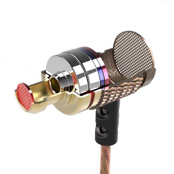 DM6-Earphones